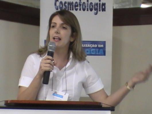 Flavia Costa (Conselho Regional de Farmácia)