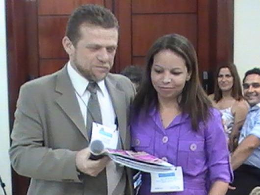 Neila F. Dias - Abelha Rainha (Ganhadora de Assinatura da C&T Brasil)