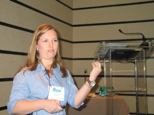 Mariele Oliveira (Cognis)