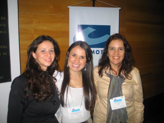 Mariana Storelli, Daniele Bertasol e Juliana Pimenta (Cosmotec)