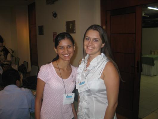 Jordana O. Silva (Alta Cosmética) e Renata F. Coelho (Dokmos Cosméticos)