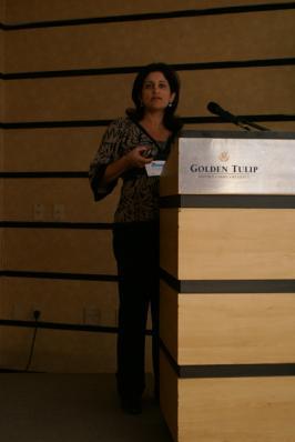 Karla Macian apresentou
