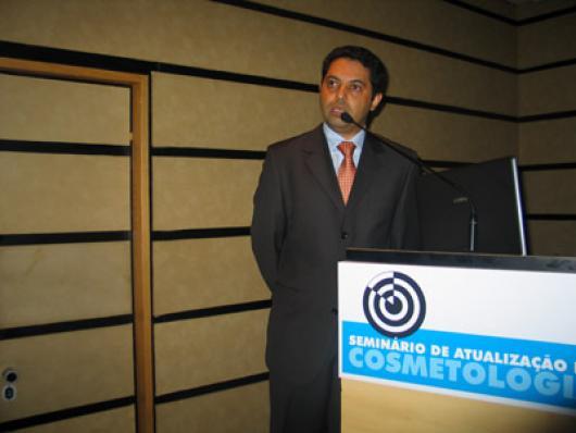 Adriano Pinheiro, da Kosmoscience - Metodologias Essenciais para Avaliação de Eficácia de Protetores Solares