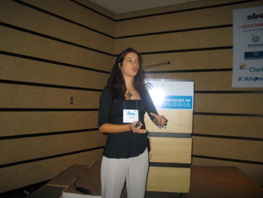 Lucy Buchli, da DSM - Seis Critérios Chaves que Desafiam o Uso do Dióxido de Titânio Visando Produtos de Alto Desempenho e Compatibilidade